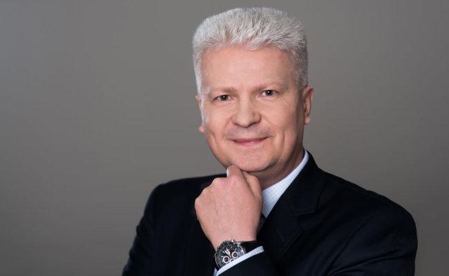 Zdjecie_biznesowe_Marek-Jeziorowski01